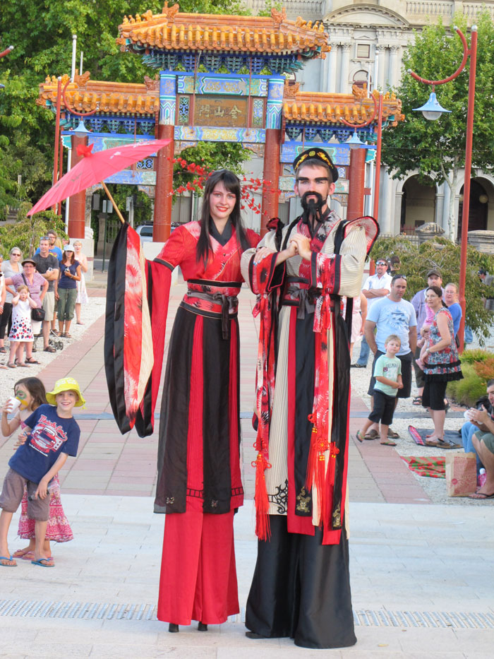 Chinese-Stiltwalking-Duo