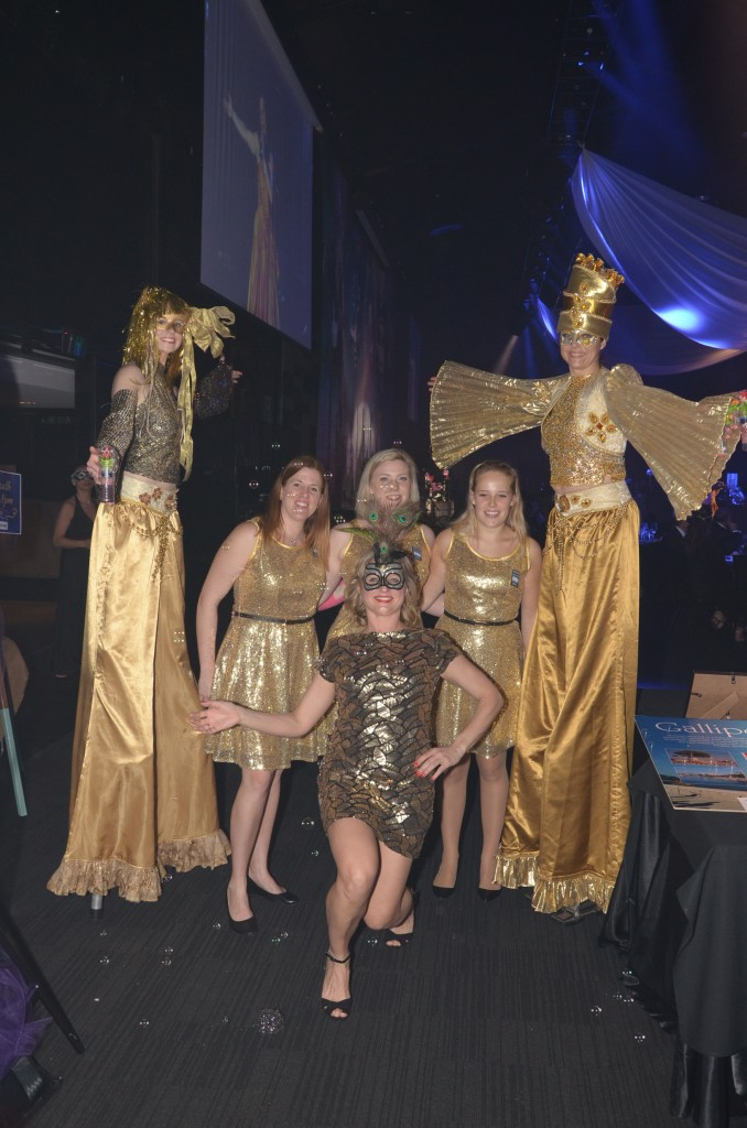 Gold venetian ladies